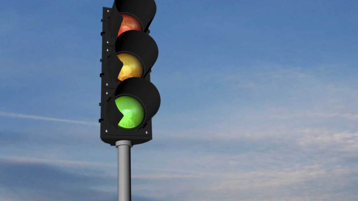 School_Teachers_Using-stoplight-system_Article_5286_traffic-lights_ts_465322403-3